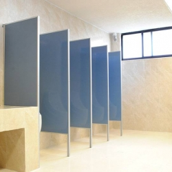 Productos mapupita mamparas puertas for Herrajes para mamparas sanitarias